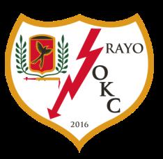 Le Rayo OKC a bien entendu opté pour une adaptation du logo du Rayo Vallecano, en y intégrant l'oiseau présent dans le logo de l'Oklahoma City FC, histoire de ne pas oublier ses racines.